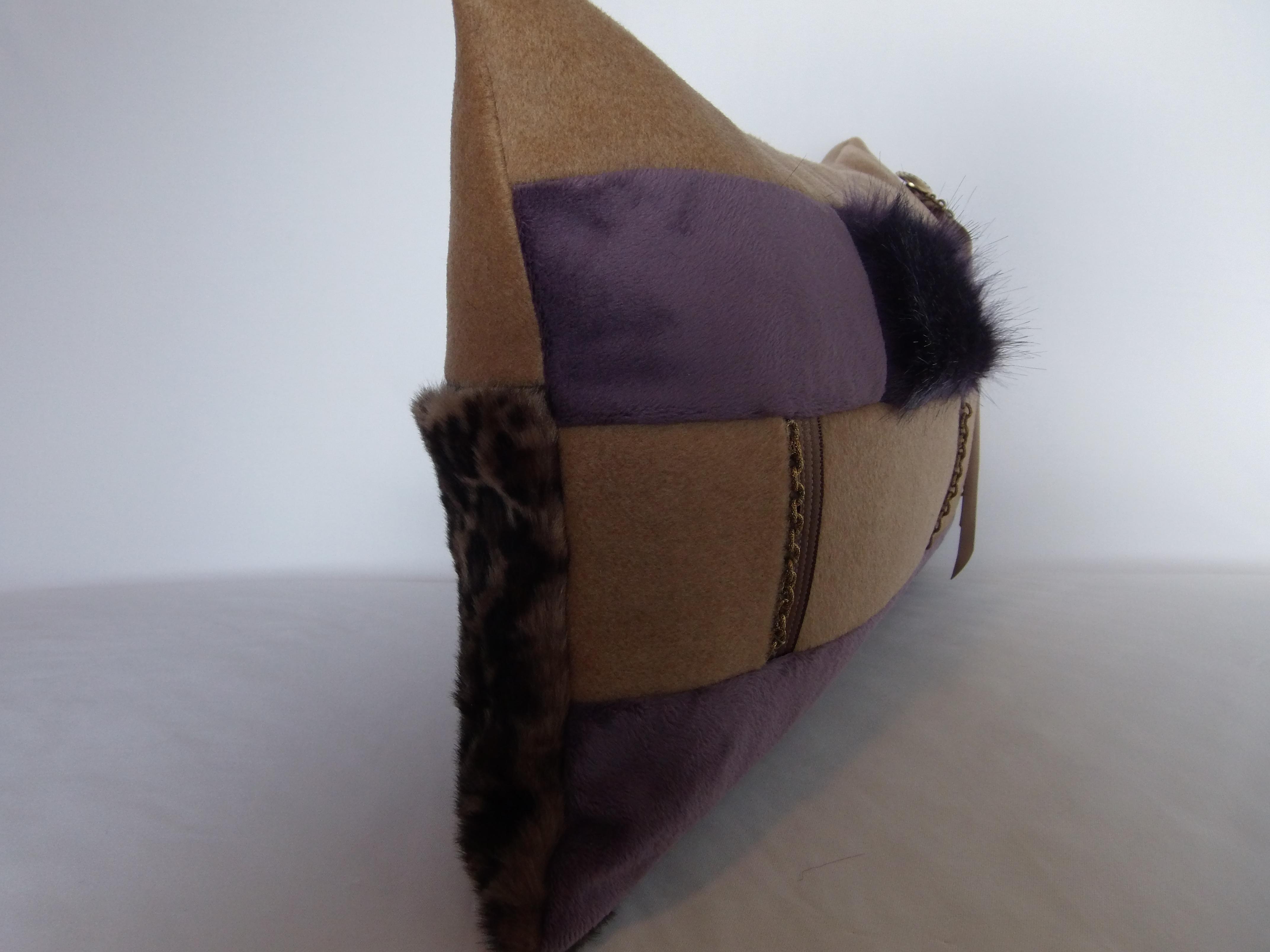 coussin bijoux boutons 30x50 mod le cl matis viticella maison et deco textiles tapis par. Black Bedroom Furniture Sets. Home Design Ideas