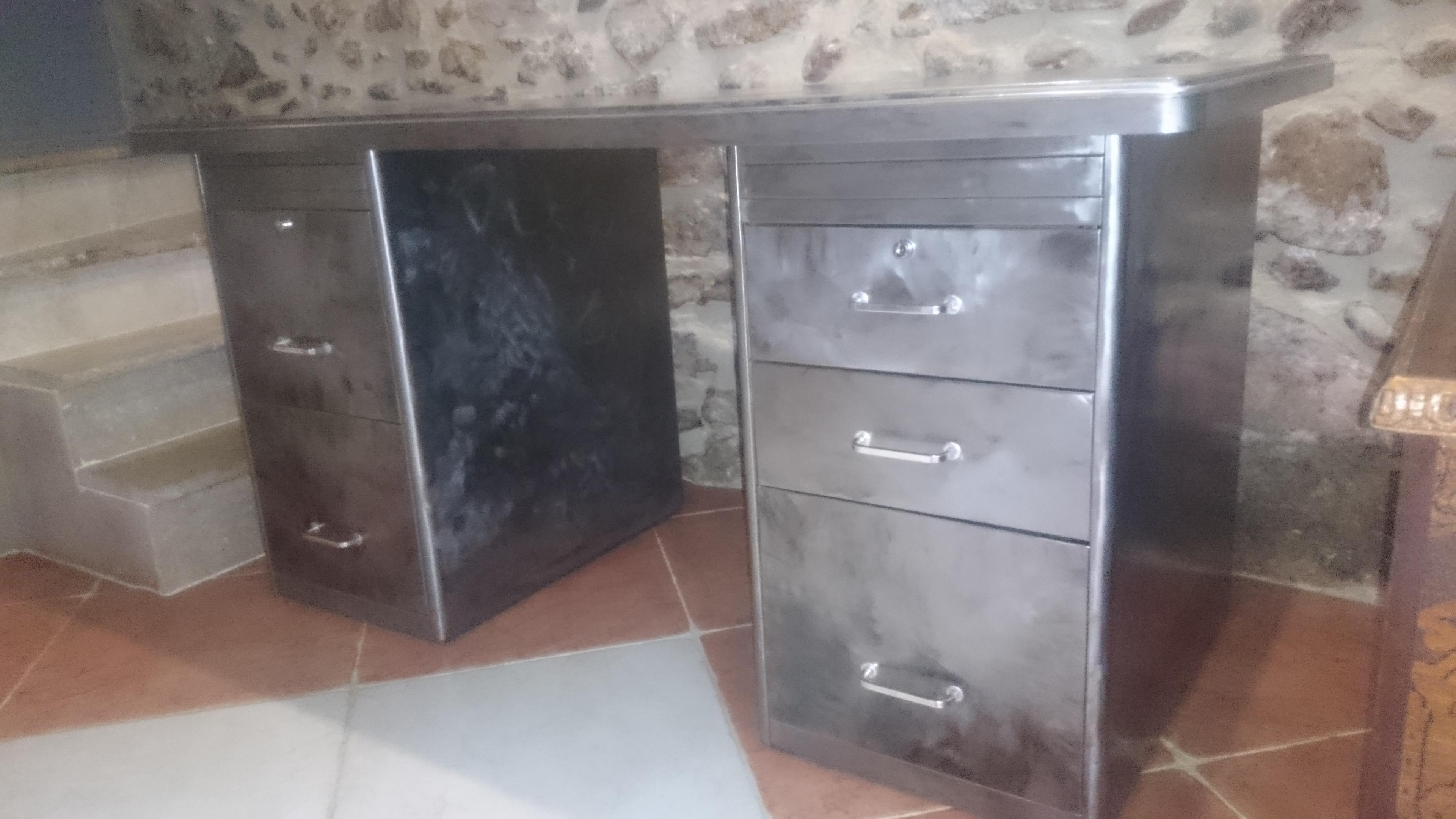 Bureau industriel vintage annee 50 meubles par audrey84150 for Meuble bureau annee 50