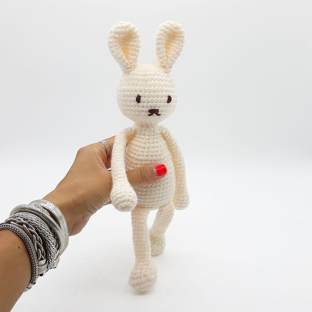 Lucky lapin doudou amigurumi crochet bordeaux et gris : enfants ... | 1200x1200