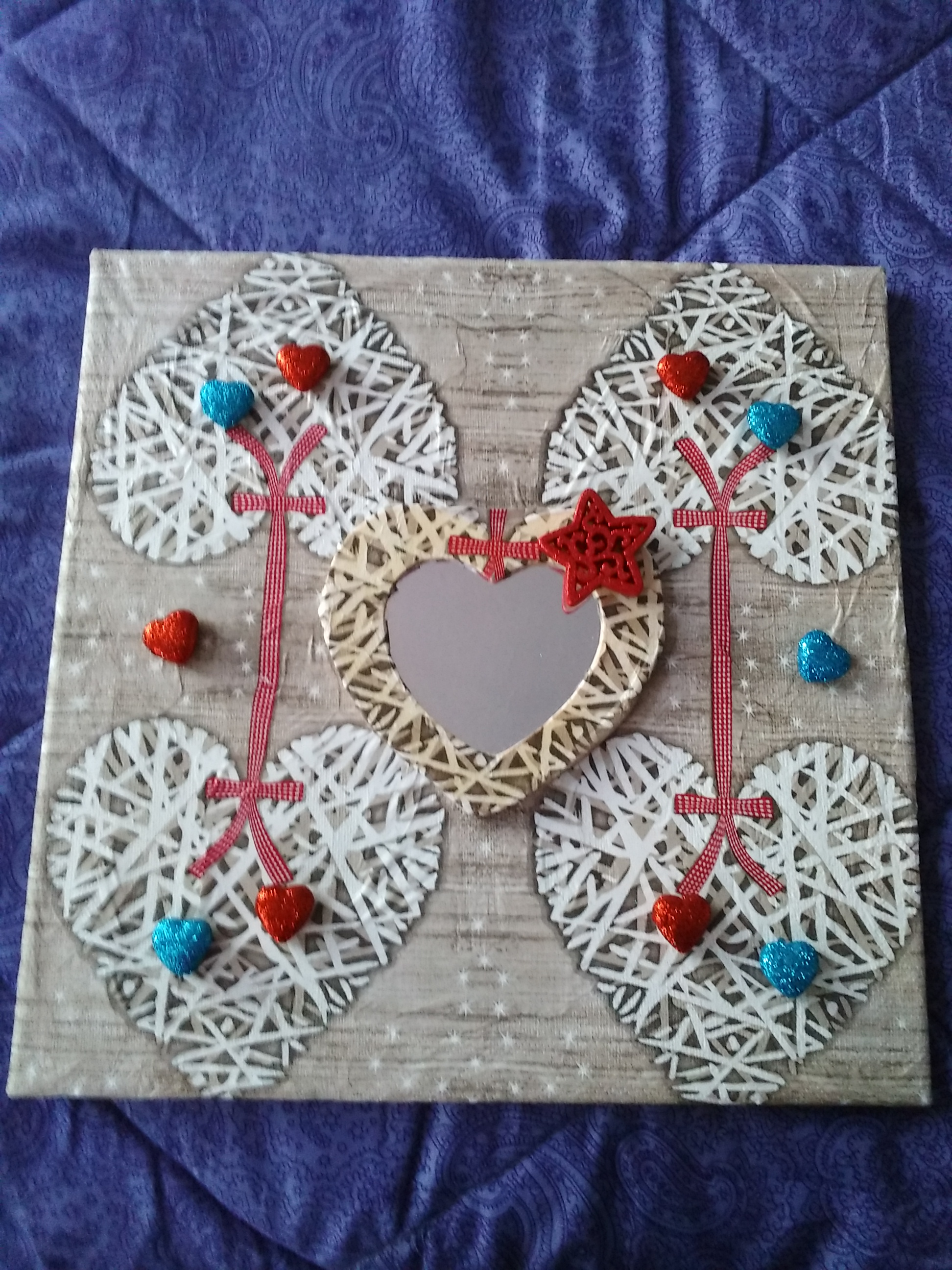 miroir coeur art collages par flore14. Black Bedroom Furniture Sets. Home Design Ideas