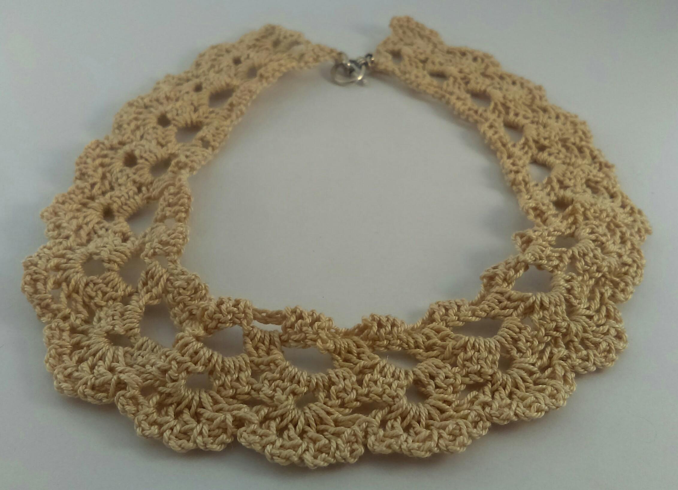 collier ras de cou crochet