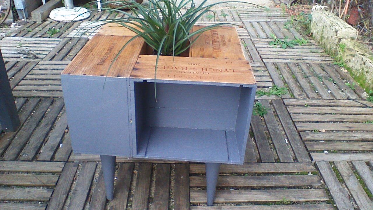table basse caisse de vin meubles par crearecupbois. Black Bedroom Furniture Sets. Home Design Ideas