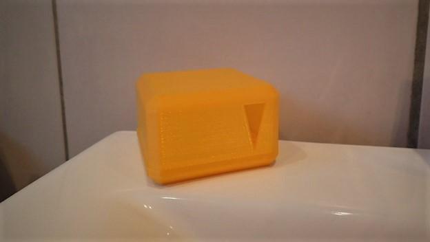 Boite porte savon avec grille et r servoir maison et for Boite porte savon