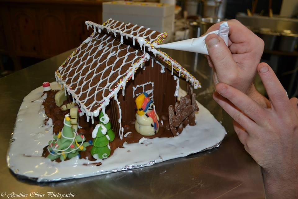 Maison de noel en chocolat fait maison : confiserie par cytilu