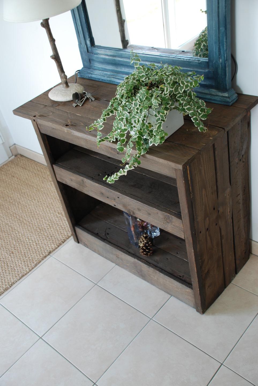 meuble d 39 entr e fait en bois de palettes meubles par atelierquatrecoeurs. Black Bedroom Furniture Sets. Home Design Ideas
