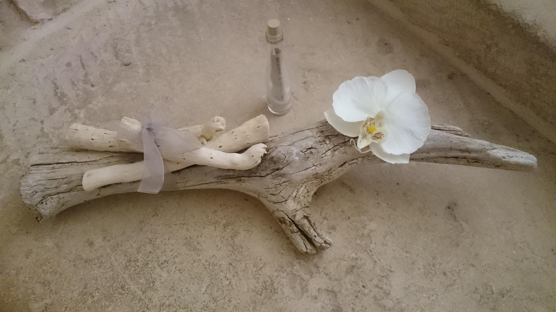 Centre de table bois flotté thème zen/plage/orchidée sur commande ...