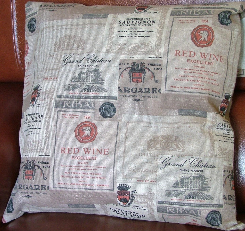 enveloppe de coussin tiquettes de vin en tissu d 39 ameublement maison et deco accessoires par. Black Bedroom Furniture Sets. Home Design Ideas