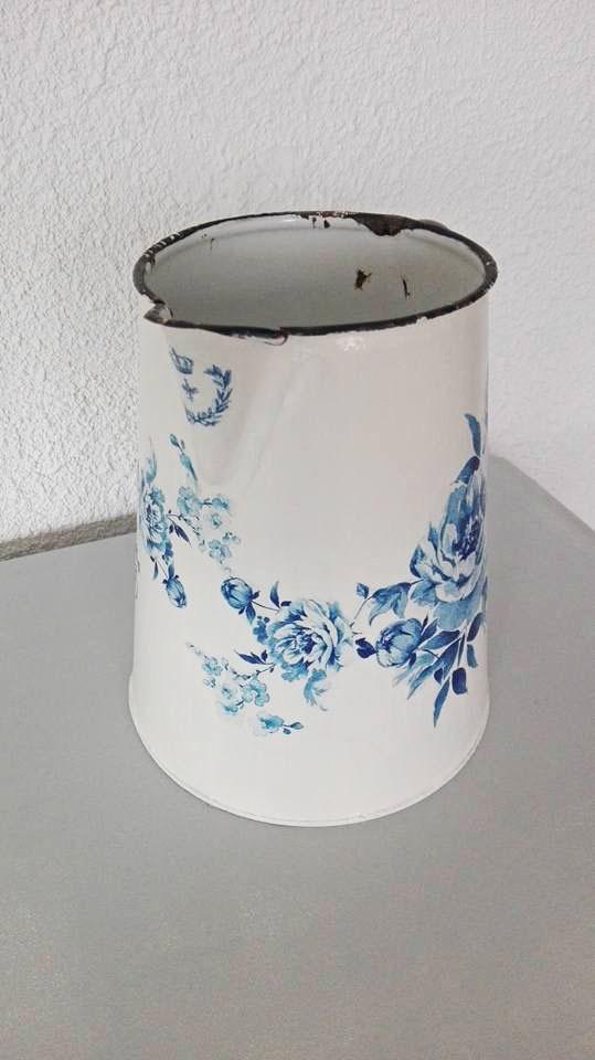 Broc Pot à Eau Ancien Romantique Patiné Crème Esprit Shabby