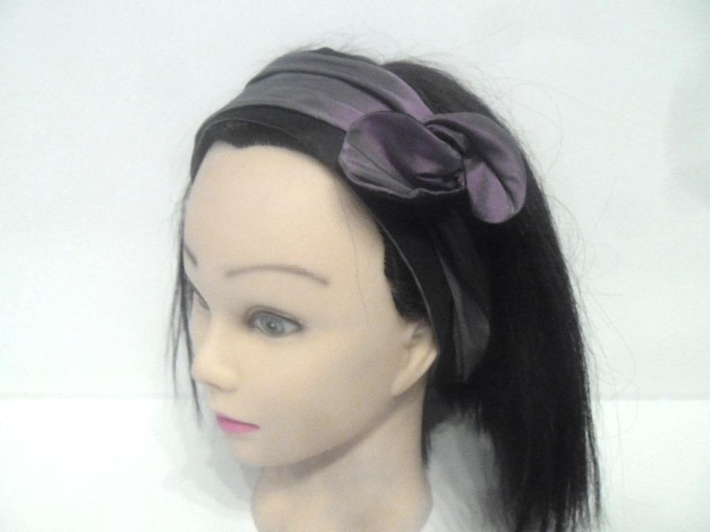 Bandeau rigide court violet et noir