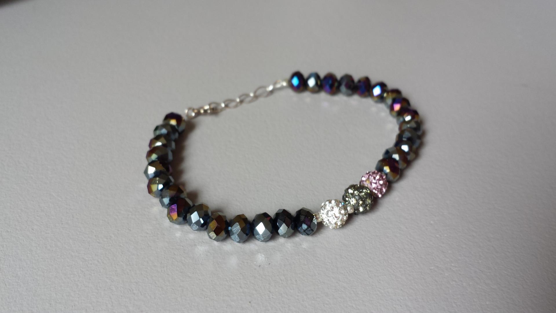 Bracelet perles cristal swarovski, shamballa et argent massif